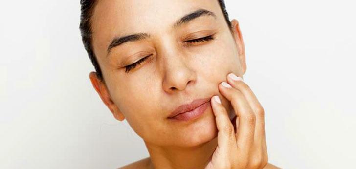 Что делать при опухании десны и щеки одновременно?