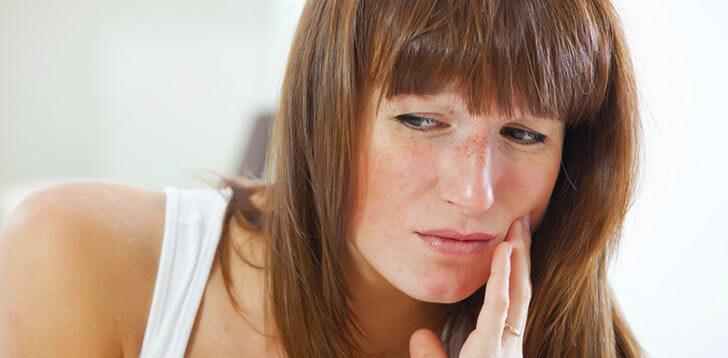 Как лечить зубы в домашних условиях — рецепты и рекомендации