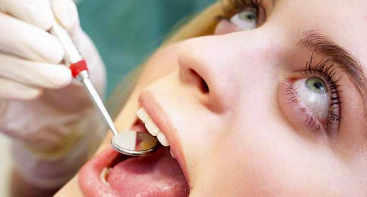 Рекомендации стоматологов по уходу за больной десной после удаления зуба